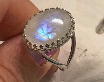 MOONSTONE Cocktail Ring/Sterling Silver/Women's Jewelry/June Birthstone/Birthday Gift For Her/Rainbow Moon Stone/Gift Ideas