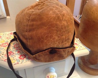 1920s childs cloche hat   Now reduced