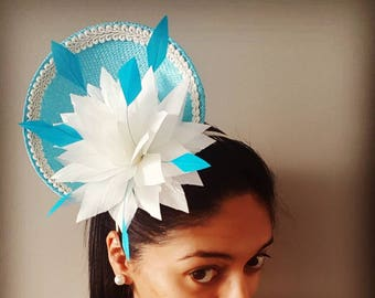 Turquoise and cream satellite hat / fascinator / headpiece ideal for the races, spring racing, Melbourne Cup, fashions on the field entrants