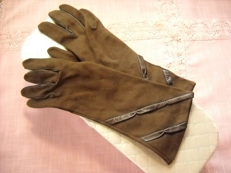 Brown Driving Gloves