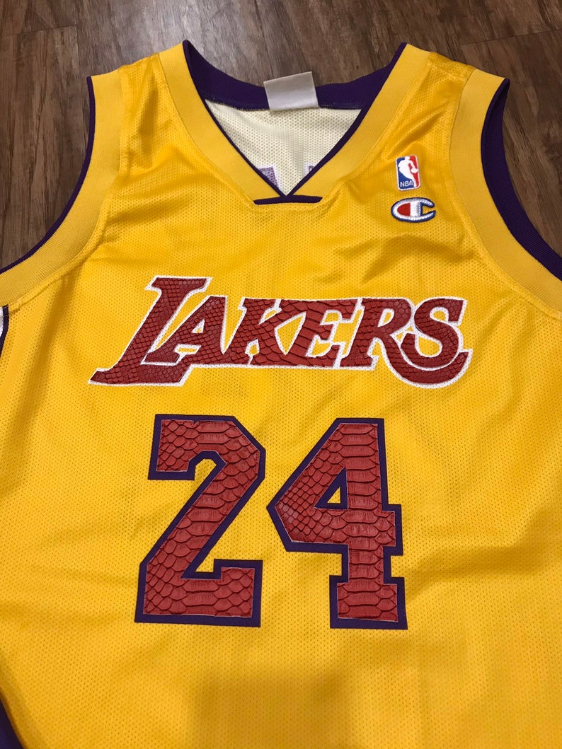 99c520796 Custom Kobe Bryant Jersey Size Large Los Angeles Lakers