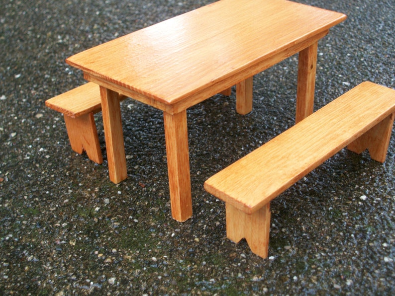 Dollhouse Miniature Wood Table with 2 Benches – Maple Finish