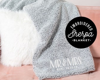 Wedding gift Monogrammed Throw Blanket Christmas Gifts Personalized Sherpa blanket