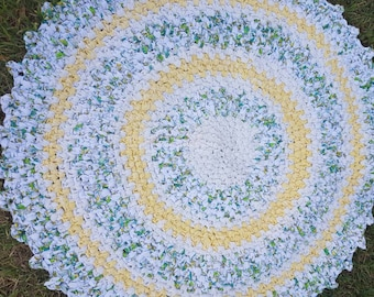 Rag Rug. 90cm Round.  Yellow.  Green.  White