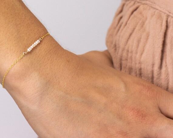 Dainty Pearl Bracelet