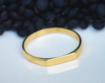 Signet Gold Ring, Signet Ring, Geometric Ring, Statement Ring, Dainty Gold Ring, Promise Ring, Statement Gold Rimg,Gift For Her, Spring Sale