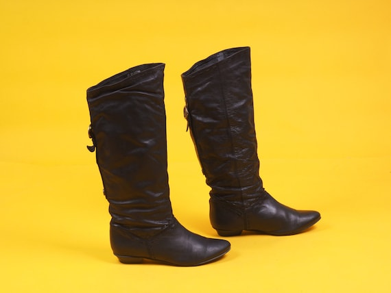Vintage women black knee high boots