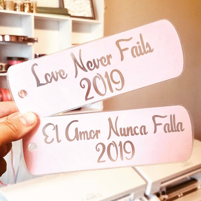 El amor nunca falla, Love never fails, Jw Stuff, Bookmarks, Jw Bookmarks,  2019 Bookmarks, International Convention Bookmarks, Love 2019