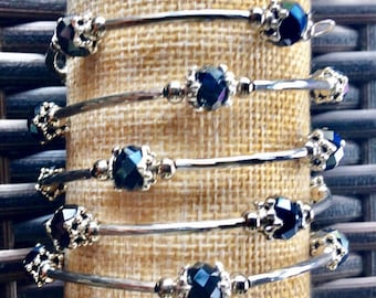 Black onyx multi faceted glass bead stainless steel memory wire wrap bracelet