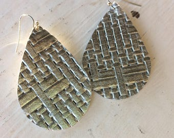 Teardrop leather earrings, silver  basketweave leather teardrop earrings, silver metallic leather earrings