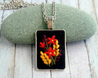 Mother day gift|for|her Autumn jewelry Flower necklace Embroidery jewelry gift|for|women Fall wedding jewelry for bride bridesmaid necklace