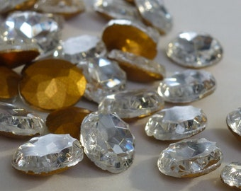 Vintage Glass Rhinestones, Oval 10x12mm, Clear Crystal, TTC Cut Top, Foiled Back, Germany, 12 pieces D4-5