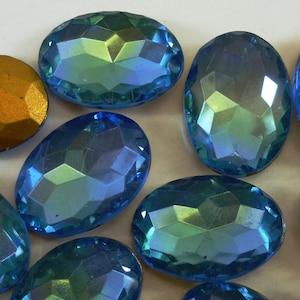 Foiled Back Scalloped Edge TTC Top Oval 18x13mm Blue Green 2 tone Cuba C1-1D 2 Vintage Glass Rhinestones
