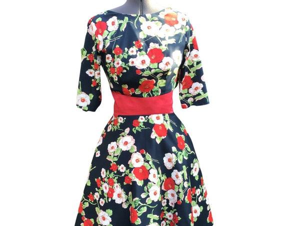 Vintage Dress/50s dress/Cotton Dress/ Vintage Clothing /1950's Dress /1960's Dress /Tea Length  Dress