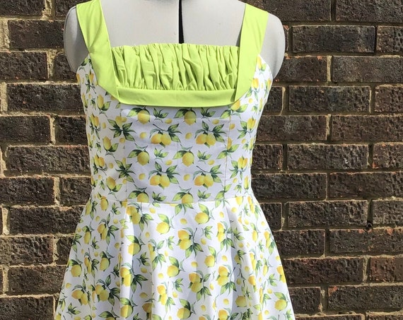 Jules Makes Lemonade out of lemons, Vintage Style Dress, 50s Style