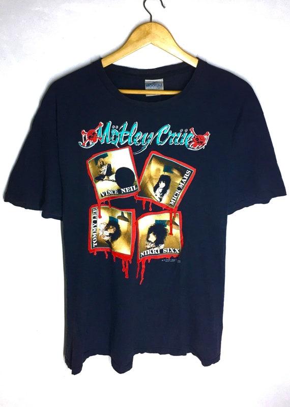 Rare Design Vintage Heavy Metal Band Motley Crue T