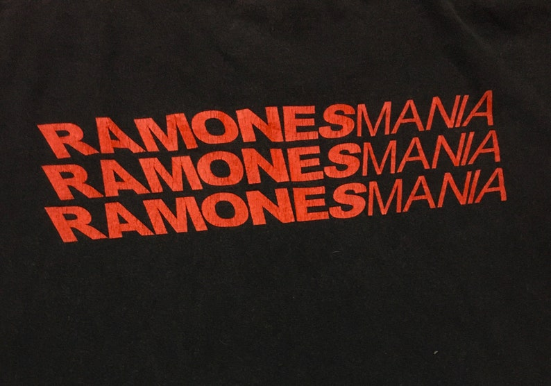 Rare Design Vintage Band Ramones T-shirt 2000s
