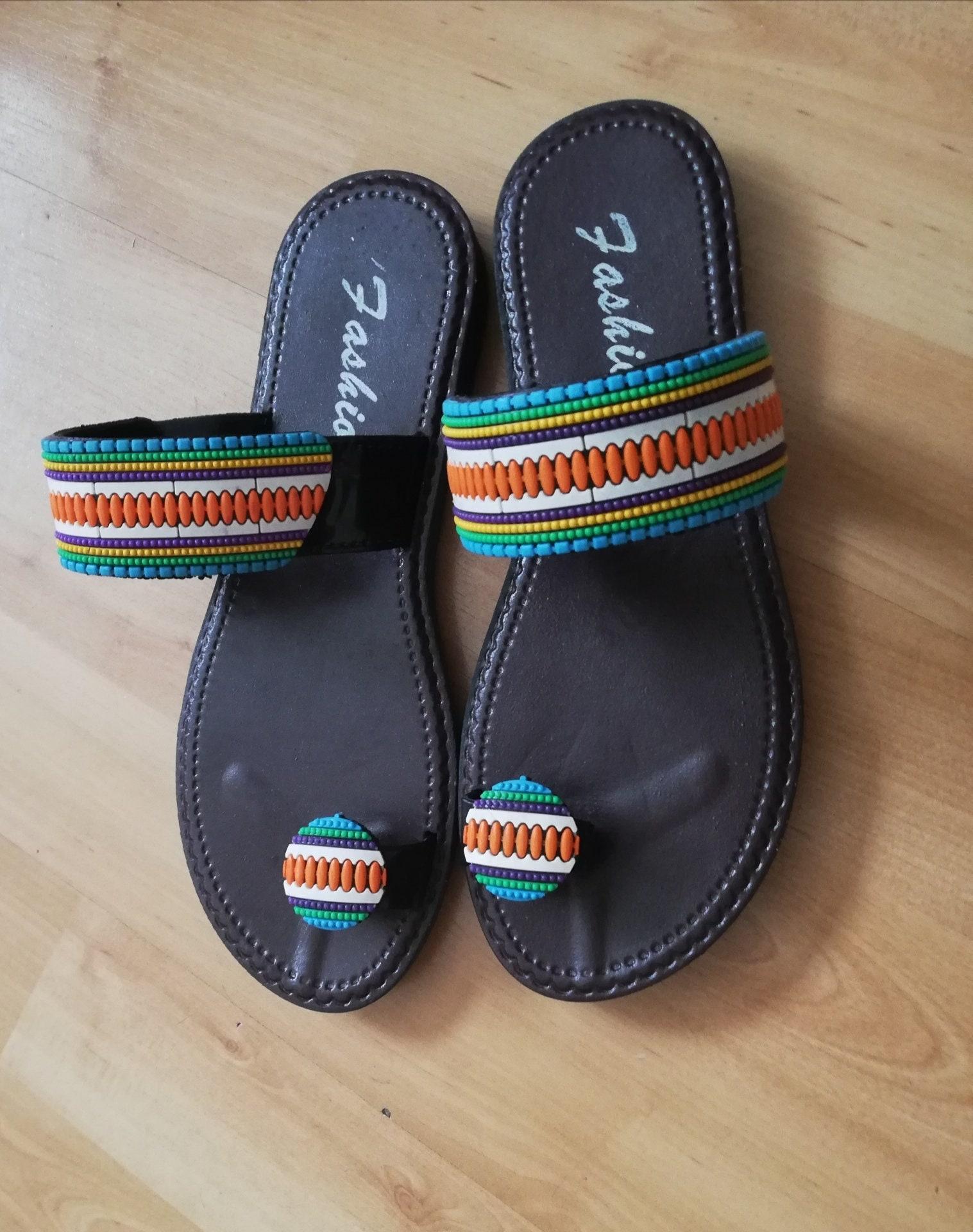 c91ba2afe87c3 African Designer Sandals Size 4 (37)