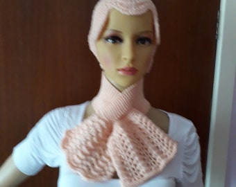 c5f38af5099b9 Hand Knitted Ladies Peach Hat   Scarf Set