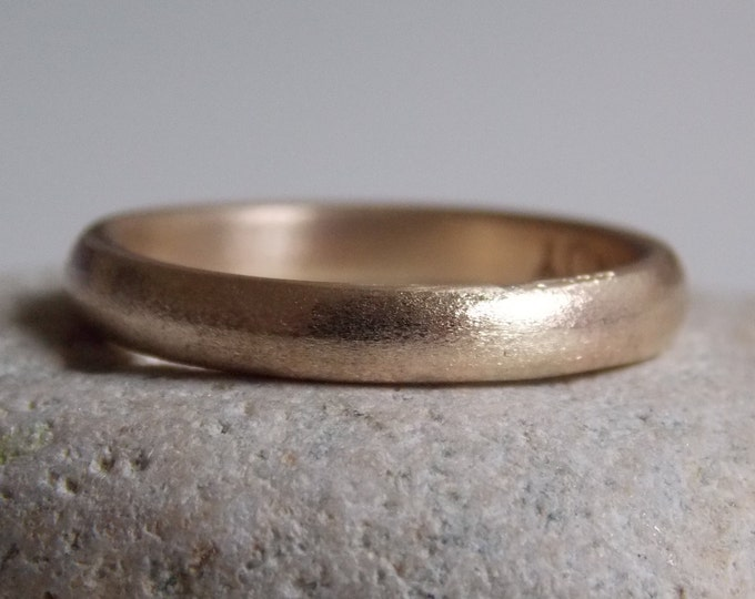 N.2 in 9 k Yellow gold brushed wedding band