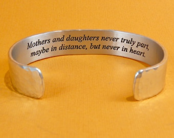 Mother of the Bride Gift - Mothers and daughters never truly part... - Mom Gift / Daughter Gift / Mother Daughter Jewelry / Birthday Gift