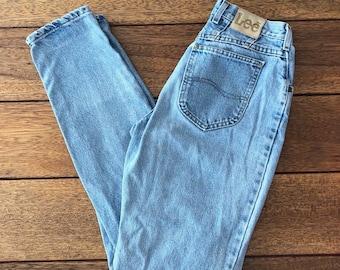 d1b0d5a8 Lee High Waisted Jeans, 90s Vintage, Womens 28 Mom Denim