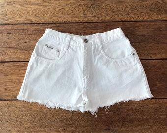 800e0f1f3e 90s High Waisted White Shorts, Size 5/6 or 26, Zana Di Vintage Denim Jeans