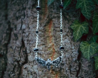 Moth Necklace Silver/black 4.5 cm