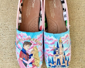 7f326932010 Sleeping beauty disney painted shoes