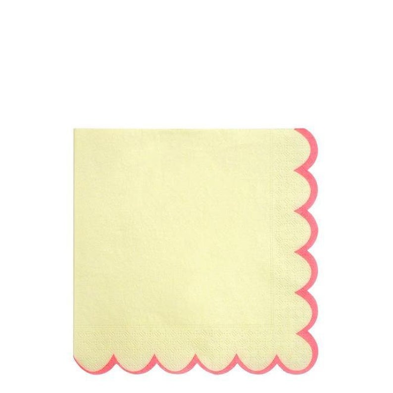 Scalloped  Edge Pastel Multicolored Napkins-Large S3144