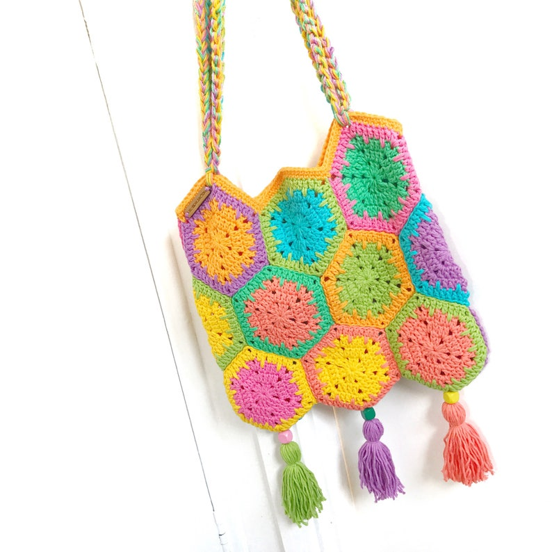The Jelly Hexie Bag Crochet Pattern image 0
