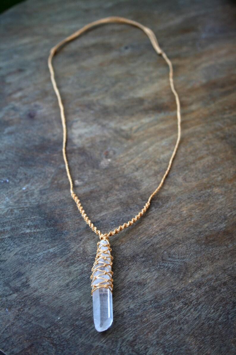 Bergskristall / Macrame Clear Quartz Crystal Necklace / Design image 0