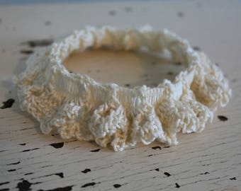 Ivory Bridal Garter - Small