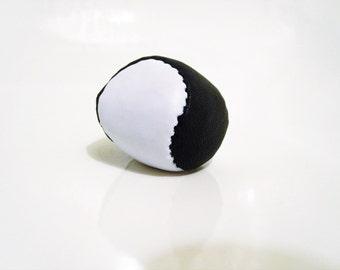 "Pila Luxuria ""Doppio"" Leather Juggling Ball"