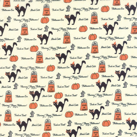 Ivory by 1//2 yard 2903 13 MODA Fabric ~ SPOOKY DELIGHTS ~ by Bunny Hill