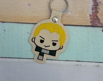 4x4 DIGITAL DOWNLOAD Blonde Magic Wizard Boy Tab Key Chain ITH  Embroidery Design