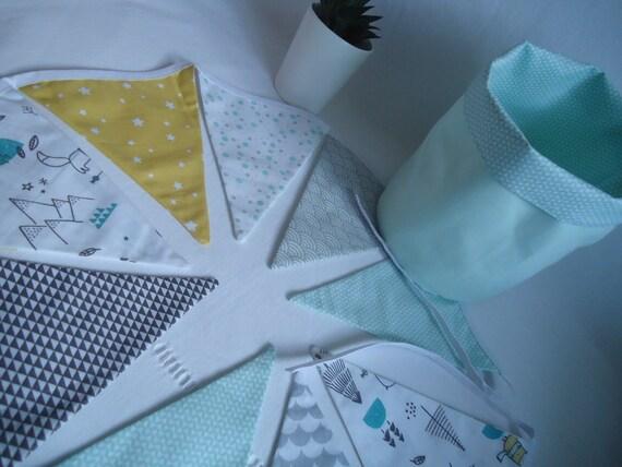 Guirlande fanions enfant, déco chambre bébé, vert eau, jaune moutarde et  gris, décoration - idée cadeau naissance, anniversaire, Noël