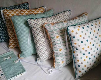 Round bed pillow baby Scandinavian decoration room boy, girl, sea green, mustard, teal, baby gift, piping trim