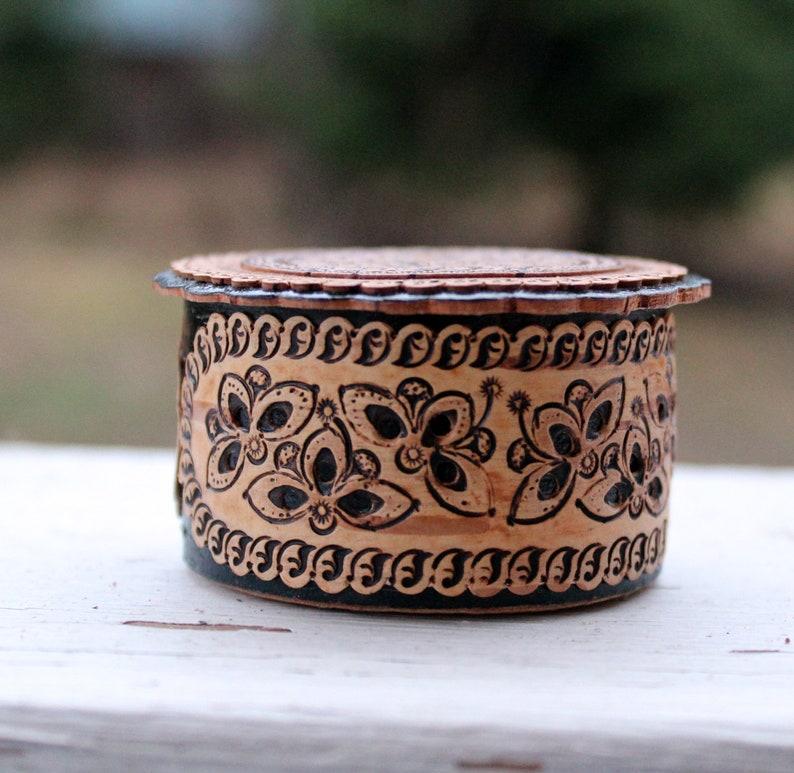 Wooden Box Hot Stamp Wood Box Jewelry Box Ring Holder Gift for Her Birch Bark Box Round Box Birch Bird Box Black Box Trinket Box