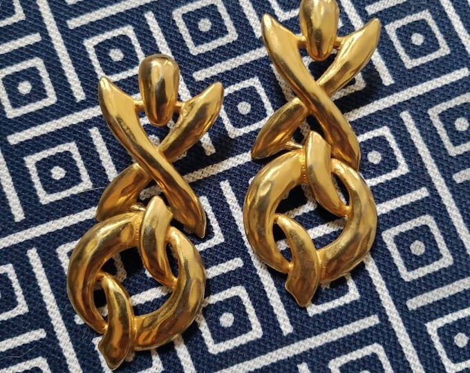 Signed Vintage Erwin Pearl Matte Gold-Toned X and O Earrings