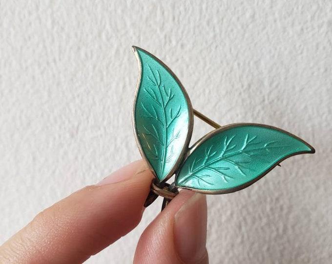 Vintage David Andersen Norwegian Enamel over Sterling Leaf Pin