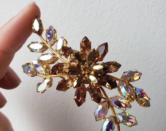 Stunning Vintage Austrian Aurora Crystal Flower Brooch