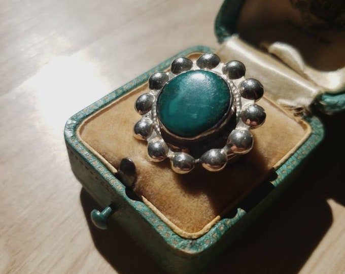 Sterling Silver Petit Point and Green Turquoise Ring
