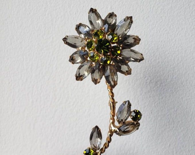 Stunning Vintage Ash Gray and Green Crystal Flower Brooch