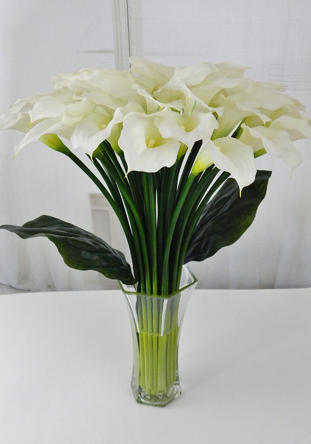 Largetall silk modern floral arrangement calla lilylilies largetall silk modern floral arrangement calla lilylilies white faux water acrylicillusion real touch flowers centerpiece glass izmirmasajfo