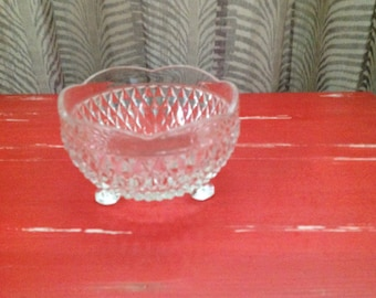 Indiana Glass Diamond Toothed Footed Bowl. Vintage 1960s