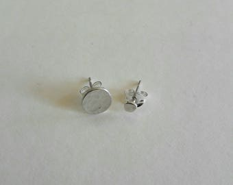 Round silver studs, beaten silver studs,  sterling silver, jewellery, handmade, unique, gift, contemporary jewellery, classic style
