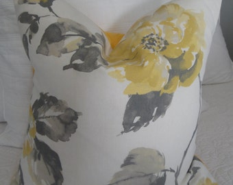 3 Variations:Sunny Yellow.Flower Pillow Cover.Yellow.Grey.Country Living.Farmhouse decor.Spring.Accent Pillow.Fall.Throw Pillow.Toss Pillow