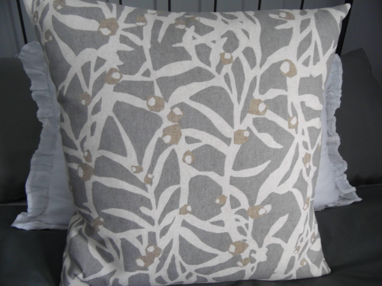 """2 x modern Cushion covers,/""""Ducks/"""" 100/% cotton,16/""""x16/"""""""