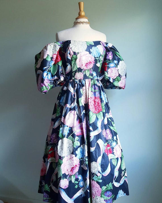 Vintage 1980s does 1950s floral princess dress, po